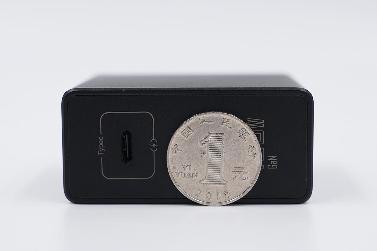 120W+65W+PPS,腾讯红魔6 Pro 120W氮化镓充电器评测
