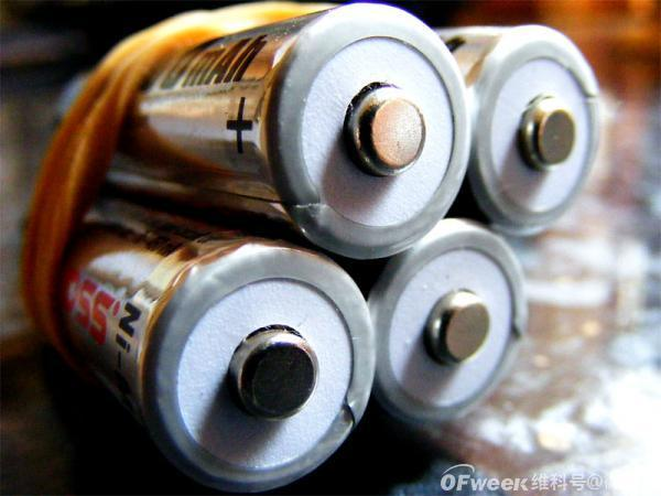 能源速报:麻省理工学院学者发现自90年代以来储能电池成本已下降97%