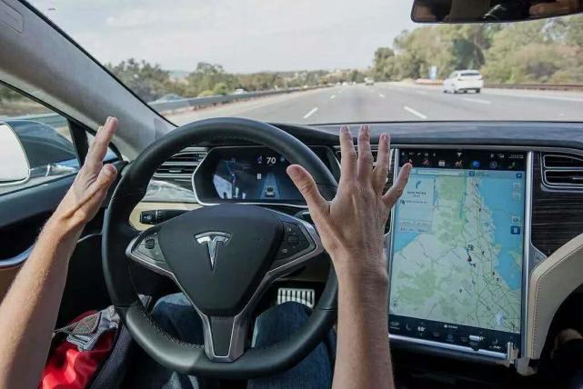 百度暗讽竞争对手,自动驾驶行业吹牛逼的都死了