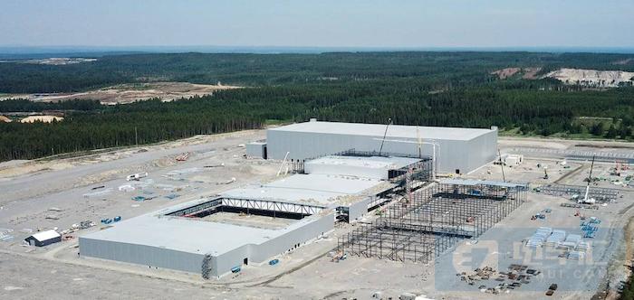 为确保电池供应商产能,大众向Northvolt追加投资6.2亿美元