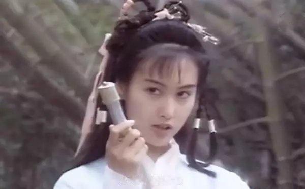 AI修复王祖贤、林青霞旧照:怀念那个没有PS的年代