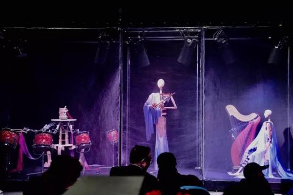 科技艺术两开花,国内首个机器人乐队诞生于清华大学