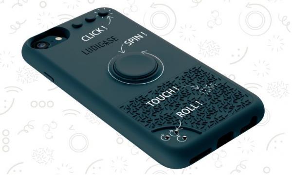 手机壳玩起解压骚操作,就没其他解压神器什么事了