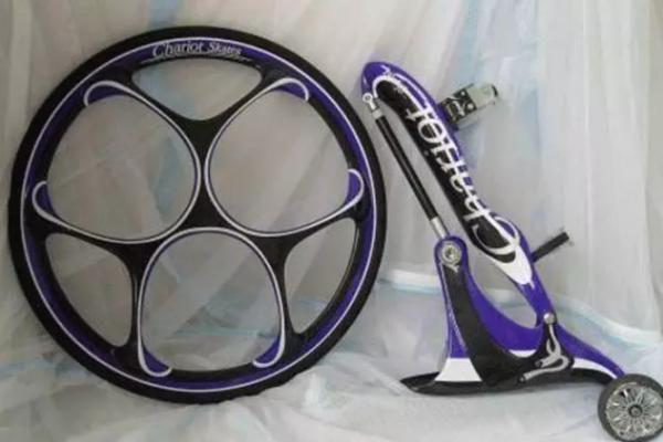 """卸下自行车轱辘制作""""滑轮鞋""""?售价4250美元起,谁受得住啊!"""