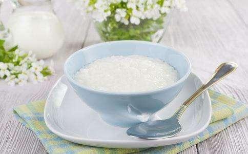 白开水都能当鸡尾酒来喝,这套餐具的设计简直逆天!