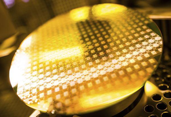 AI芯天下丨资本丨新一轮硅含量提升周期到来,半导体产业新机遇产生