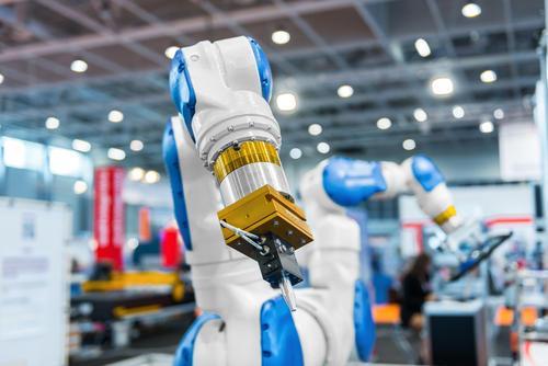 液位传感器在机器人自动化系统中的应用方案