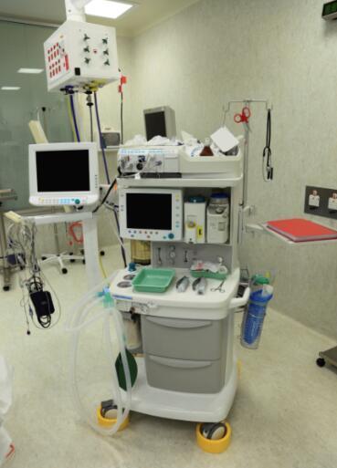 氧电池氧气传感器在呼吸机中的应用