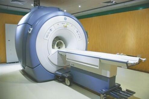 核磁共振设备工作过程人体温度监控中应用的光纤温度传感器