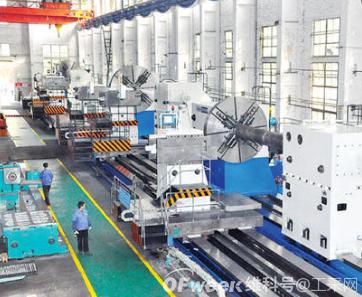 振动传感器用于工业制造中机器运行状态监测