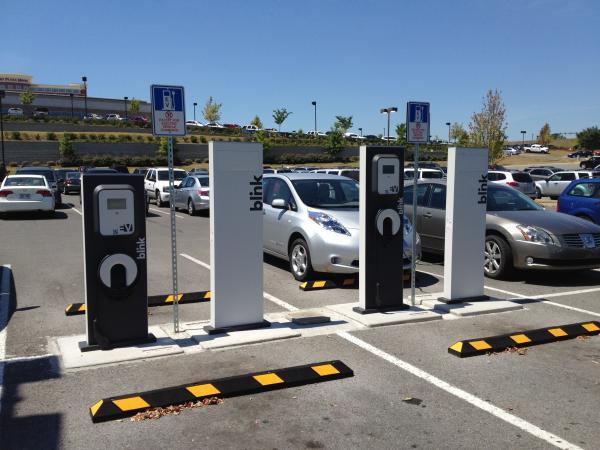 新能源汽车补贴转向充电基础设施 推动光伏储能等新能源技术发展