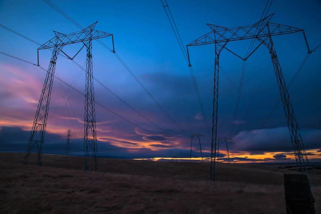 美国加州大停电,是可再生能源发电惹的祸?
