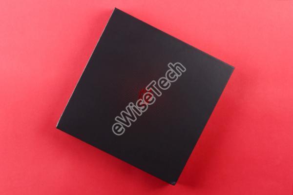 """E开箱: """"成魔""""的游戏手机红魔3"""