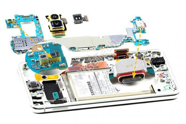 E拆解:走进Galaxy S10e的内心世界