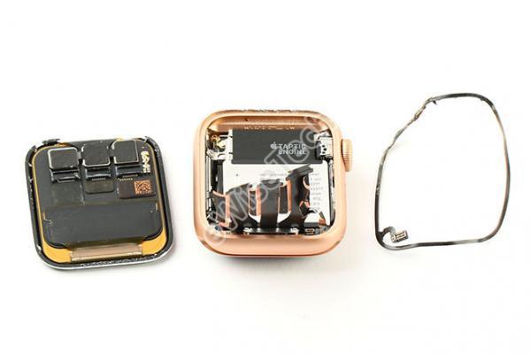 对比Apple Watch Series 4从内部看Apple Watch Series 5的变化