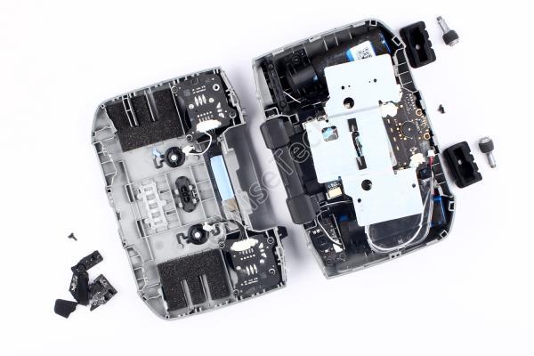既然拆解了大疆Mavic Air2无人机,那配套遥控器又怎会放过?