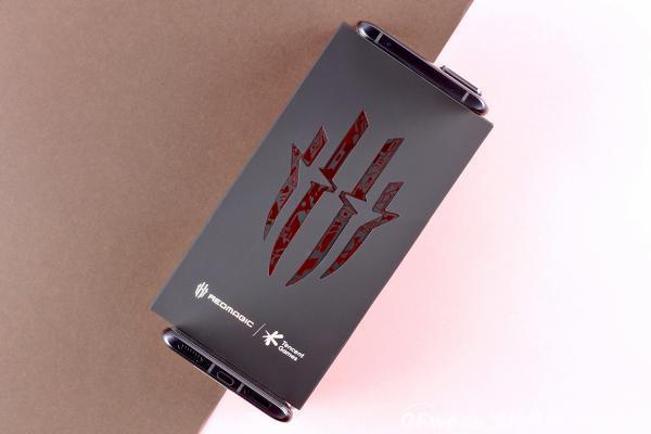 E开箱:曾叫板红米K40游戏增强版,那这款红魔6R究竟如何?