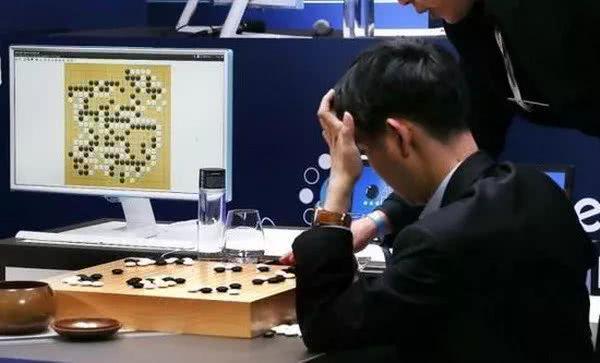 是盛是衰?AI企业为何迎来亏损寒潮?