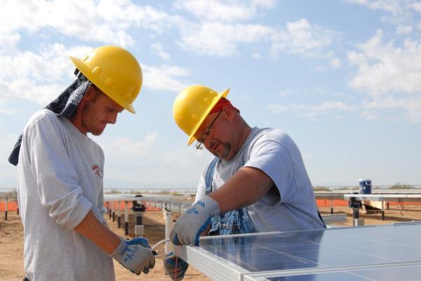 2050年 清洁能源将给全球多提供数百万个就业机会