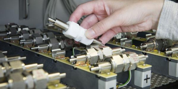 德国普德光伏研究所对锂离子电池生产的深度质量评估