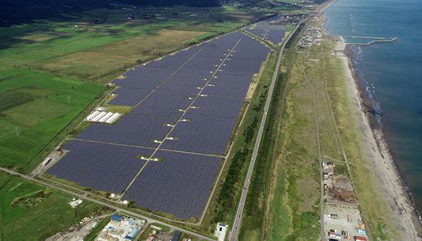日本最大的太阳能加储能工厂现已投入运营