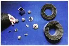 加工金属不仅仅只有机床中的车钳刨铣磨,还有…