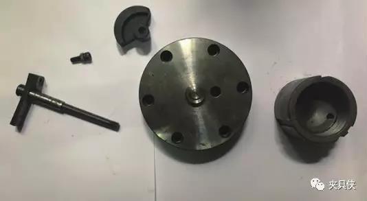 解决偏心零件加工难点——专用组合夹具设计