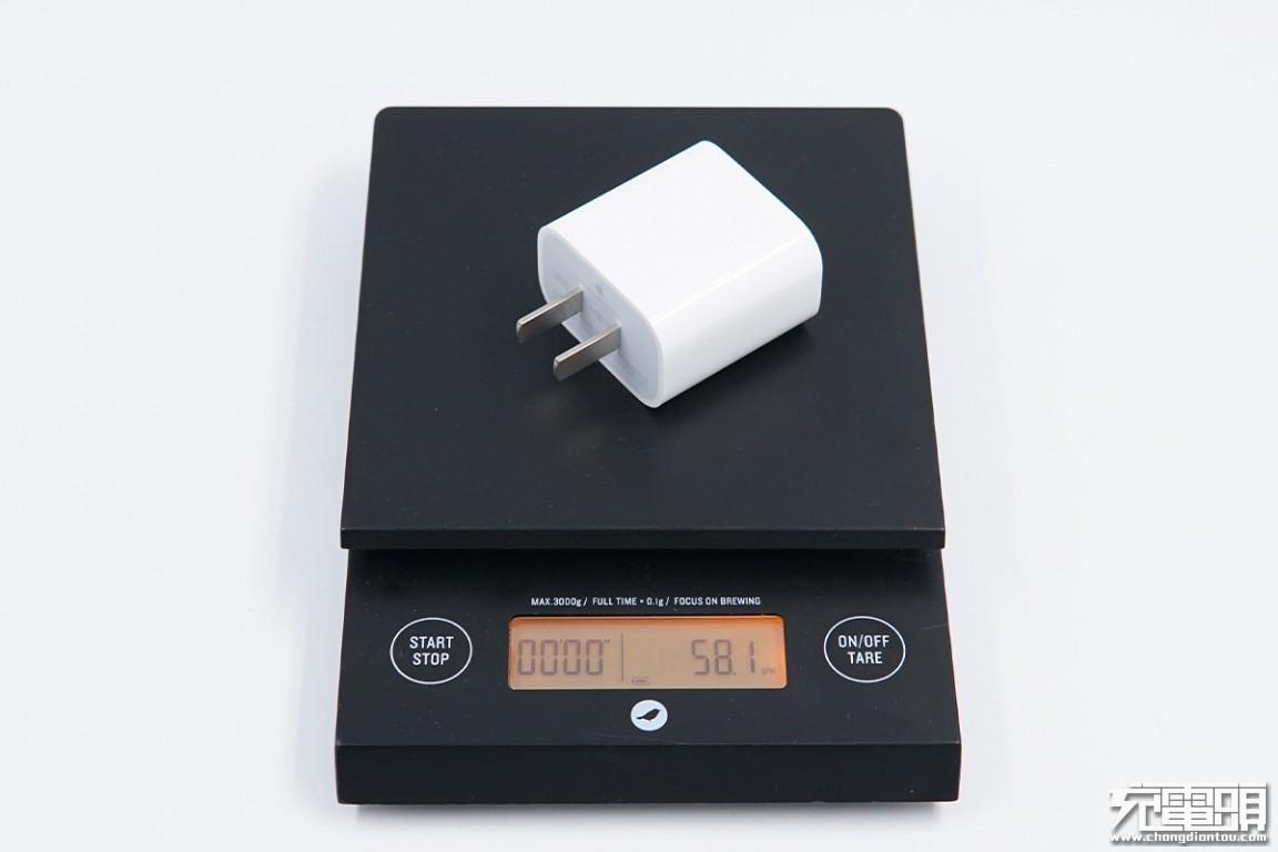 """小米55W氮化镓对比苹果20W充电器对比评测报告:环保的两个""""注脚"""""""