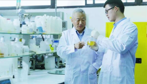 """成于背板,超越光伏:赛伍技术吴小平的""""中国3M""""之梦"""