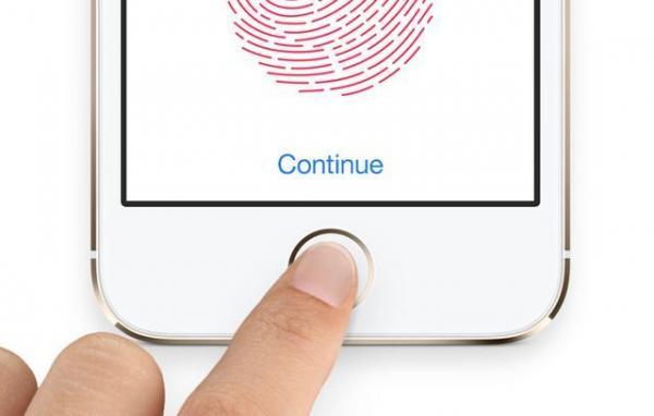 iPhone 12将实现屏下指纹识别解锁?果粉欢呼雀跃!