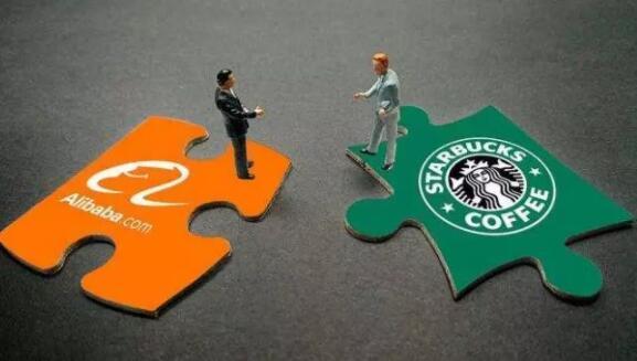 星巴克、瑞幸、连咖啡,在新零售三岔路口分道扬镳