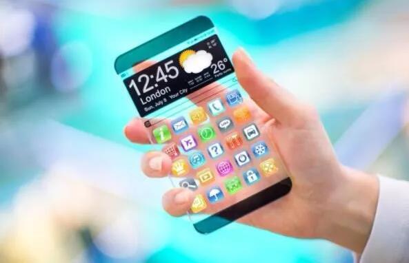性价比、子品牌、IP联动复辟:手机厂商们创新黔驴技穷?