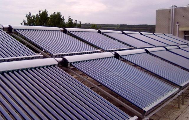 荷兰也有汽车黑科技?看看这款续航725km的太阳能新车怎么说