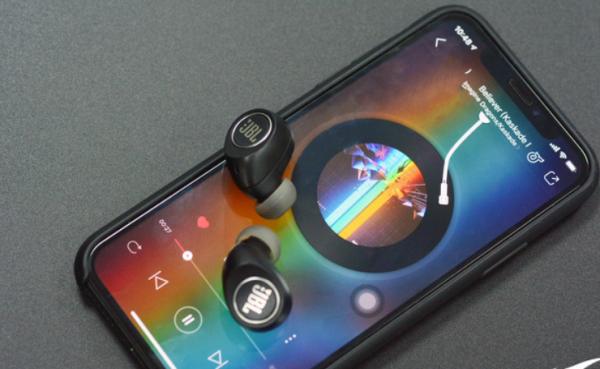 2019最火爆的三款真无线蓝牙耳机横评,谁才是最棒的?