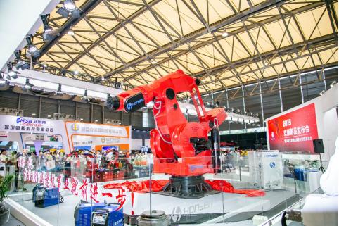 全球负载最大吨位搬运机器人在中国诞生