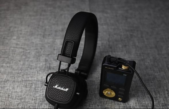 摇滚乐迷必看!摇滚蓝牙耳机哪个牌子好?从300到3000元的四款摇滚蓝牙耳机