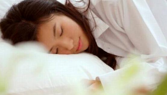 暖宫贴有用吗?90%的女性朋友需要知道的痛经必备神器