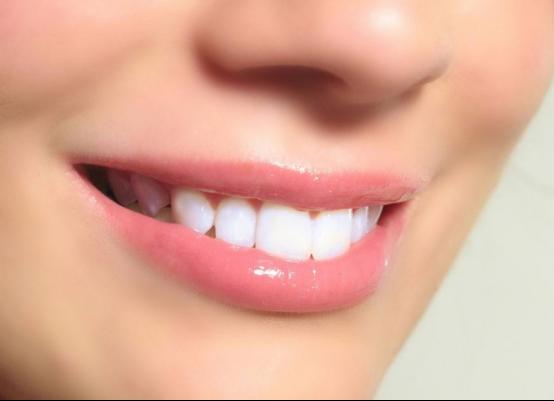 别让牙齿问题给自己减分,那些好用的洗牙器排行榜