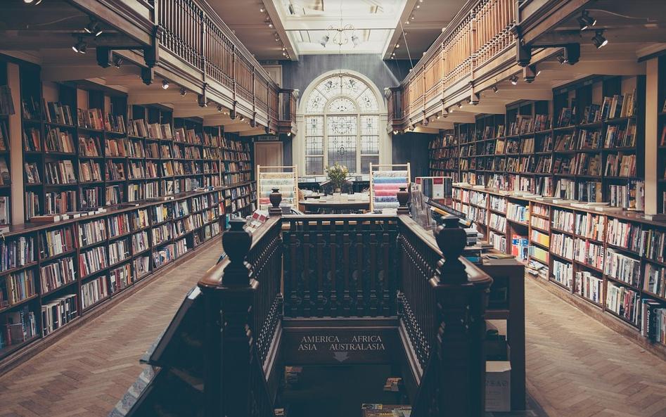 无人零售售书柜模式的开展,让书籍伴你左右