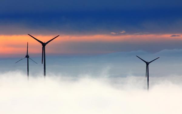 大唐集团滨海风电总投资近50亿 最快年底可并网发电