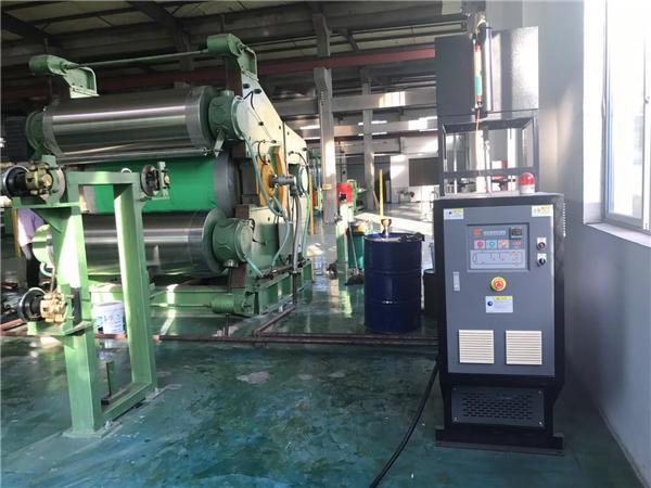 开炼机辊筒温度控制的三种方法,解决加热、冷却难题