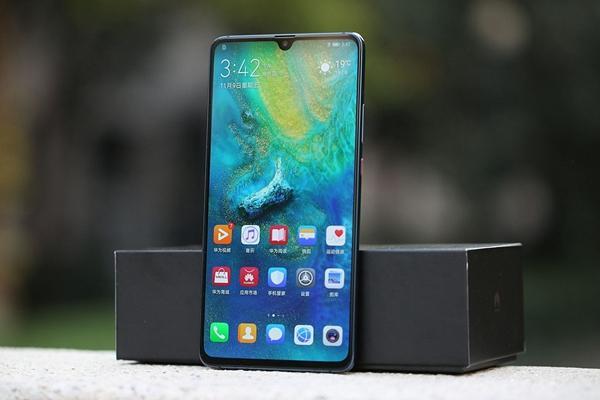 华为大举宣传5G双模手机,可谓损人不利己