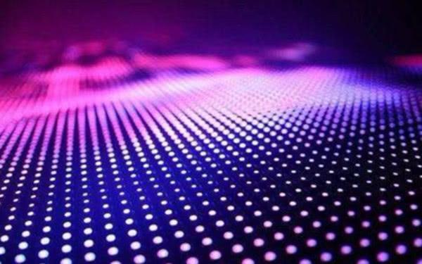 中国企业抢得面板技术量产优势,三星要花400亿巨资后来居上
