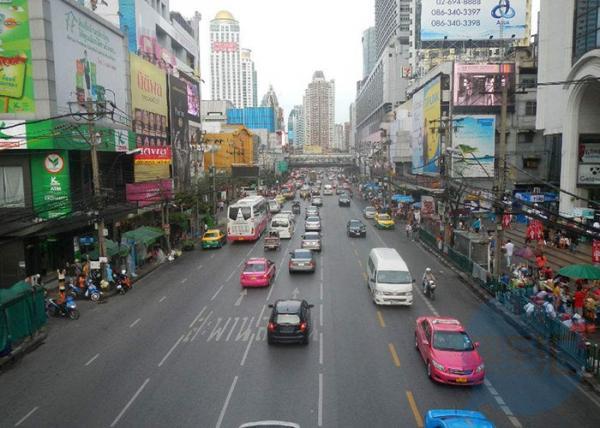 西安实施机动车常态化限行交通管理措施 新能源车不受限