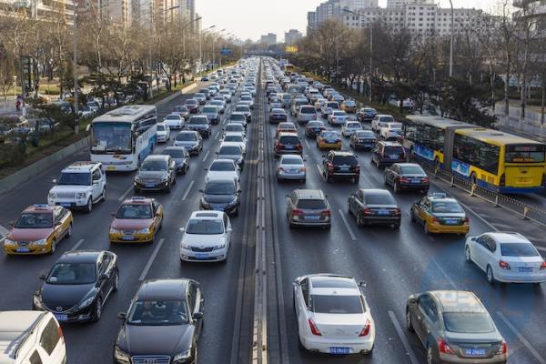 商务部:鼓励各地出台措施促进新能源汽车消费