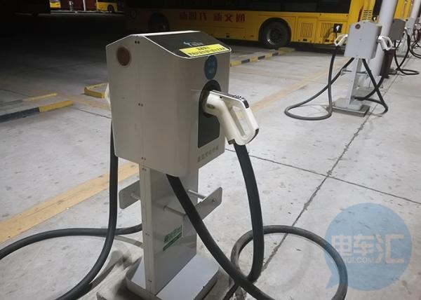 贵州800万元支持电动汽车充电基础设施的综合充电站建设