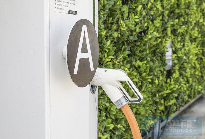 河南建立充电桩运营奖补机制,每桩每年补贴3000元-5000元