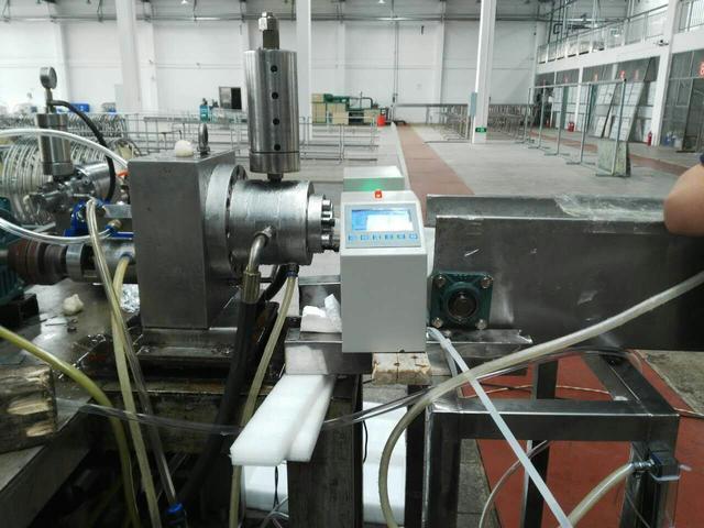 自动控制线径的单路测径仪的研发与应用