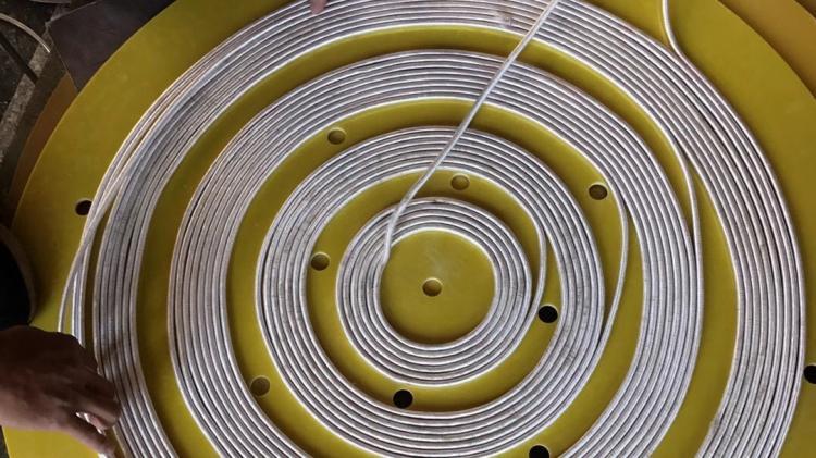 各種電磁加熱線圈的制作現場