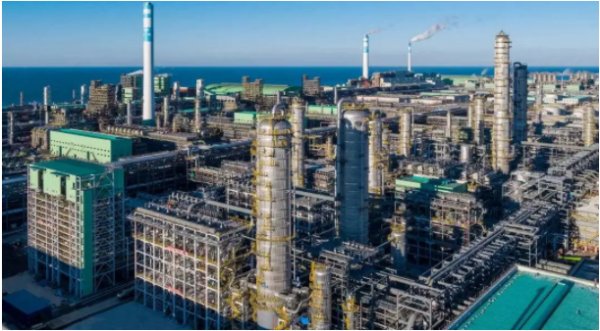 新材料情报NMT    恒力石化:打通全产业链 聚酯产业链龙头扬帆起航